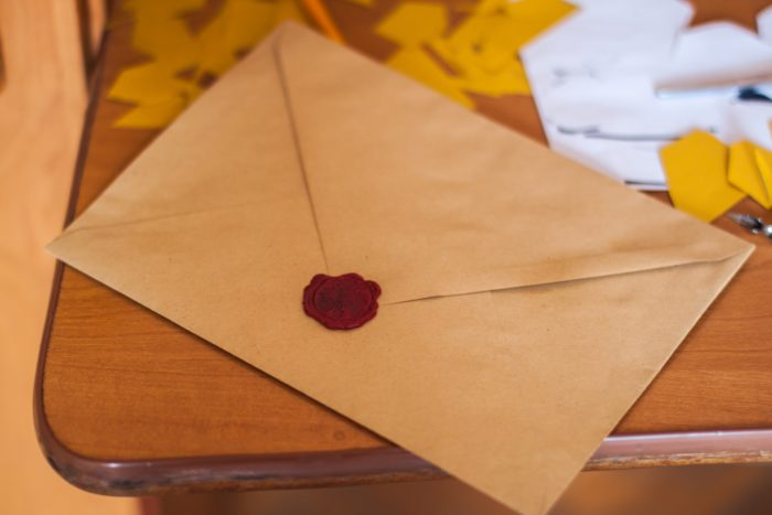 Short Story Saturday: An Anonymous Letter - Photo by John-Mark Smith from Pexels