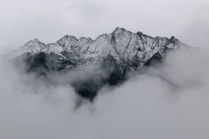 Short Story Saturday: Mountain of Despair - Photo by eberhard grossgasteiger from Pexels